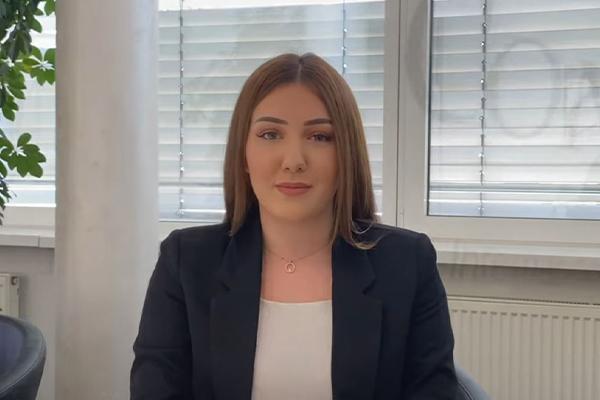 Laura Castronovo
